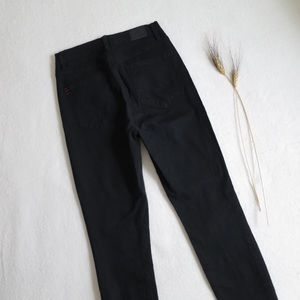 NEW BDG High-Waisted Jeans